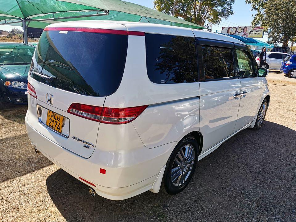 Honda Elysion 7 Seater MPV Min Bus For Sale - SAVEMARI